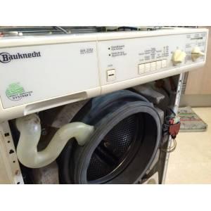 Sustitución del Aqua Stop en la lavadora WA2352 de Bauknecht